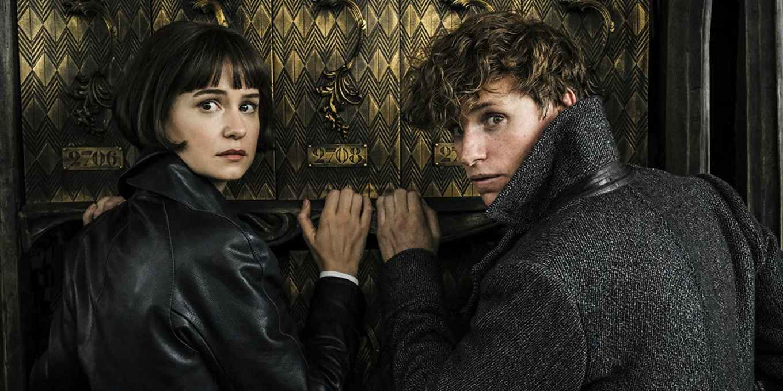 Katherine-Waterstron-and-Eddie-Redmayne-in-Fantastic-Beasts-The-Crimes-of-Grindelwald.jpg